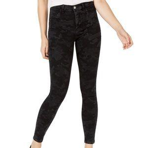 FREE PEOPLE black camp skinny jeans!